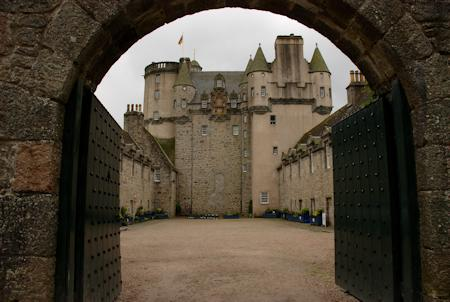 The courtyard and the great keep