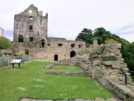 View of the castle courtyard. The building foundations can clearly be seen.